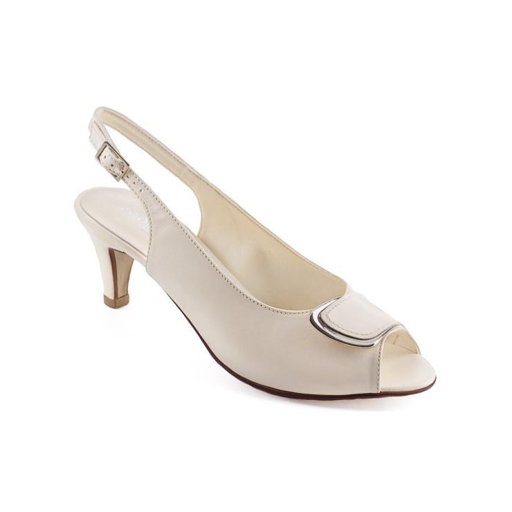 Krémové sandále 1099 ZODIACO