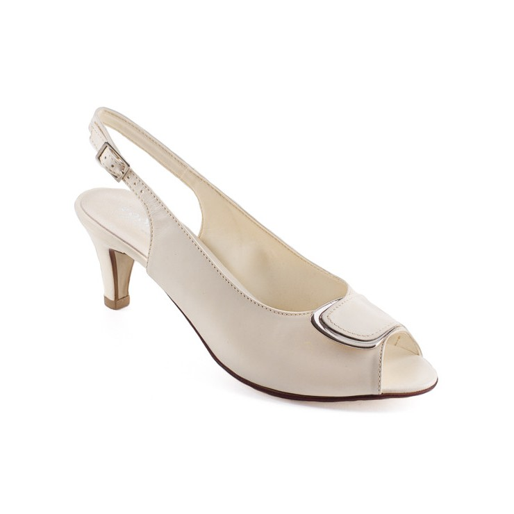 Sandali da donna 1099 crema ZODIACO