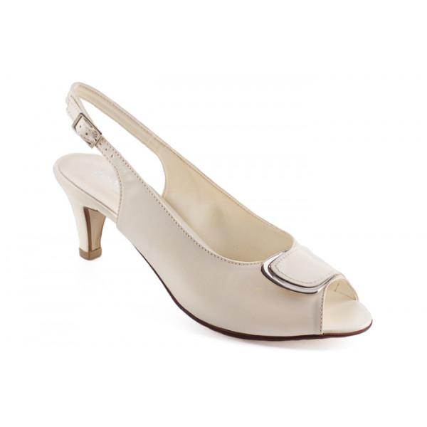 Woman sandals 1099 cream ZODIACO