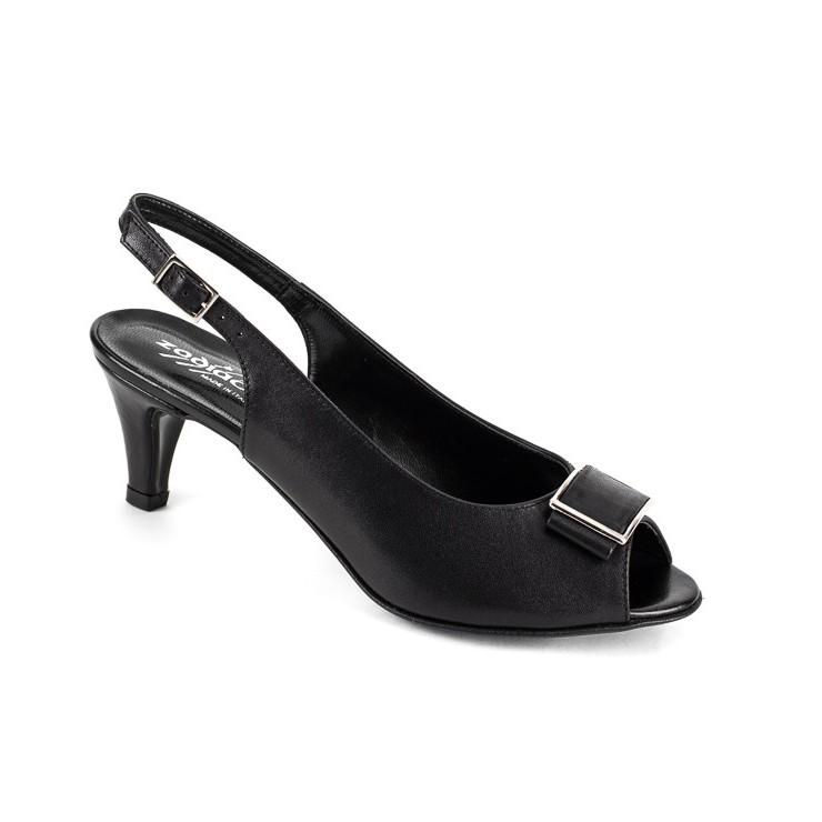 Čierne sandále 1098 ZODIACO
