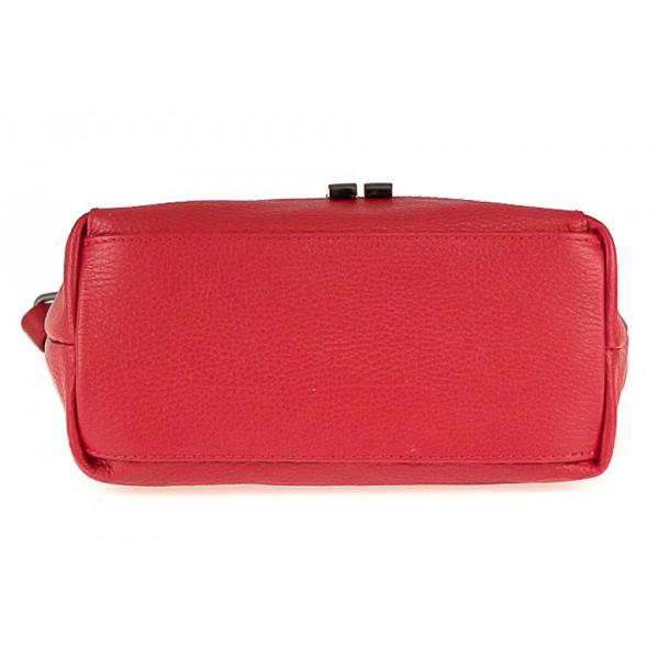 Kožená kabelka na rameno 825 červená Červená