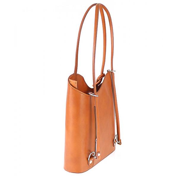 Kožená kabelka na rameno/batoh 113 koňak Made in Italy Koňak