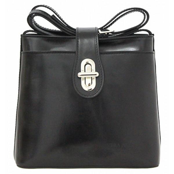 Kožená kabelka na rameno 118 čierna Made in Italy Čierna
