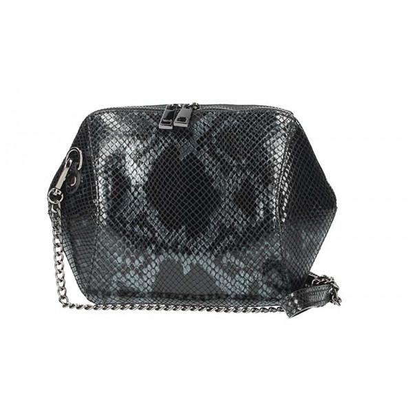 Čierna kožená kabelka 446