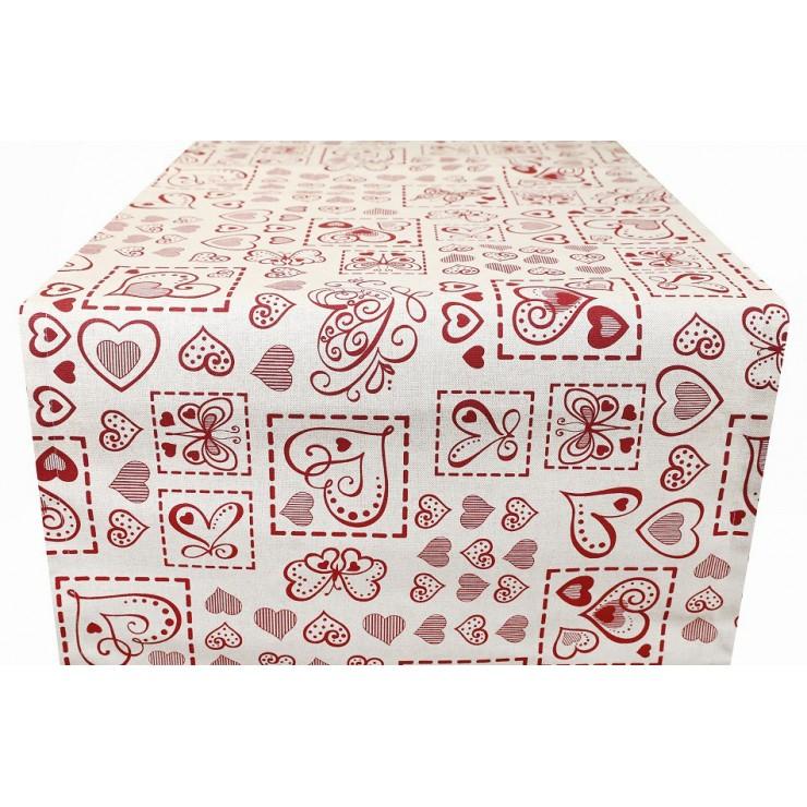 Behúň na stôl červené srdiečka a motýle Made in Italy