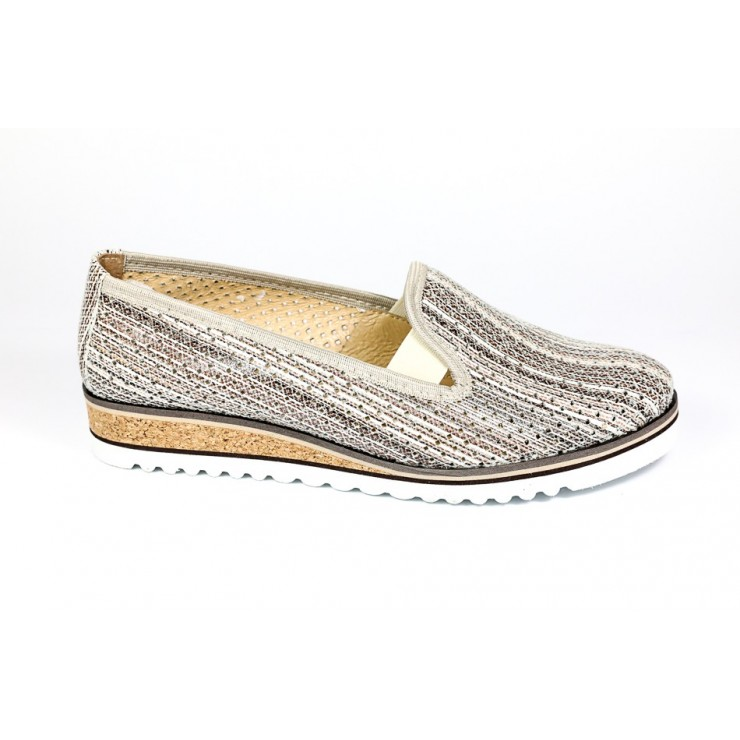 Leather slip-on loafers 99 beige LORETTA VITALE