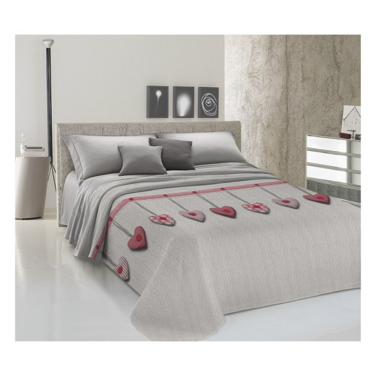 Prikrývka na posteľ Piquet Visiace srdiečka červené