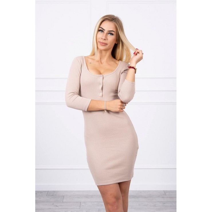 Dress with a neckline for naps beige