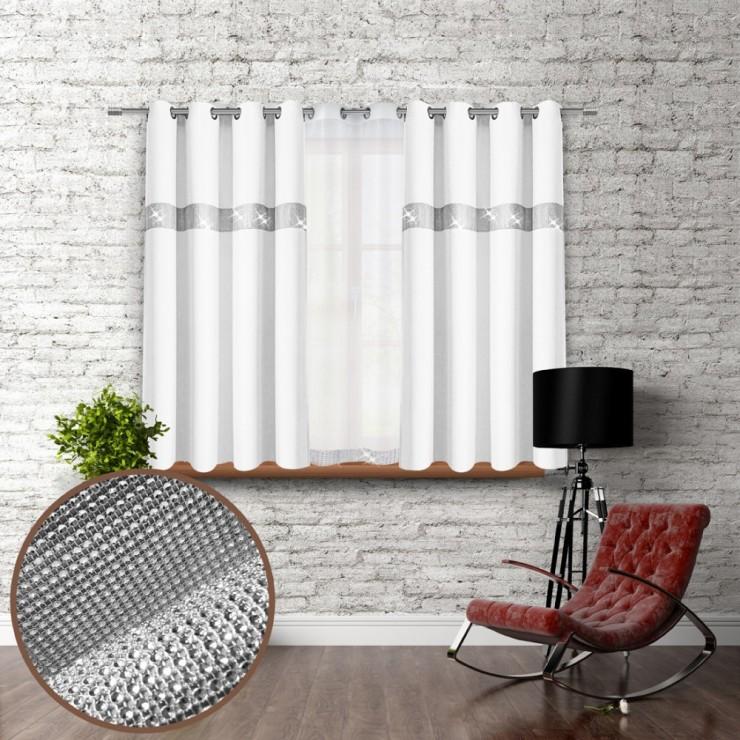 Záves na krúžkoch so zirkónmi 140x160 cm biely