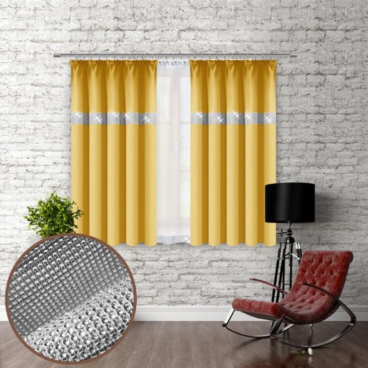 Závěs na řasící pásce se zirkóny 140x160 cm pastelově žlutý