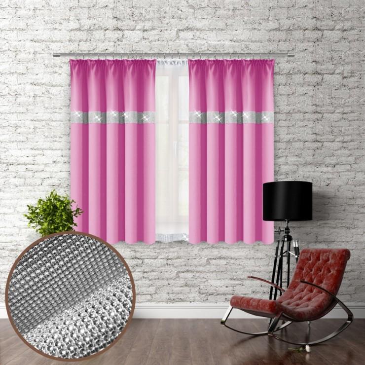 Závěs na řasící pásce se zirkóny 140x160 cm světle růžový