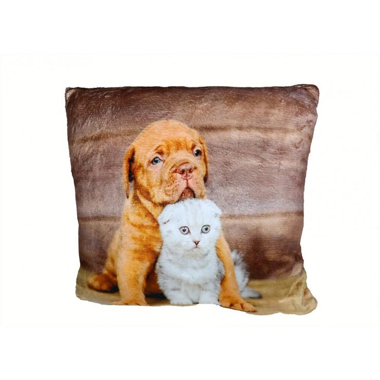 Insulated pillow Little dog and kitten 40x40 cm