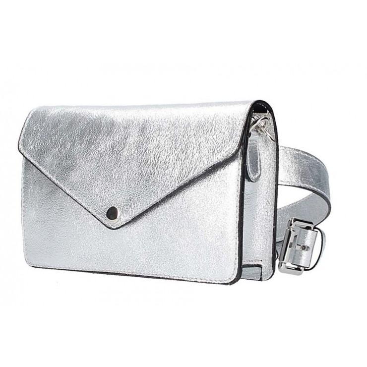 Strieborná kožená kabelka na rameno/na opasok 5303