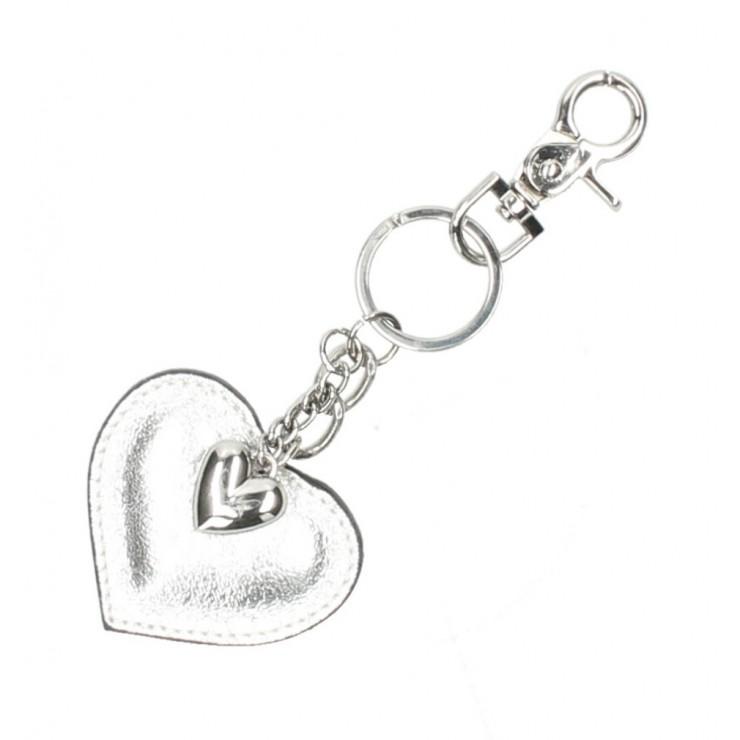Kožená kľúčenka srdce strieborná