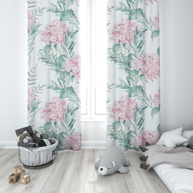Hotový záves na krúžkoch 140x250 cm biely s ružovými kyticami