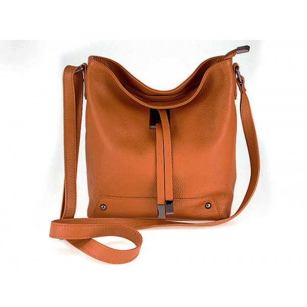 Kožená kabelka na rameno 825 koňak