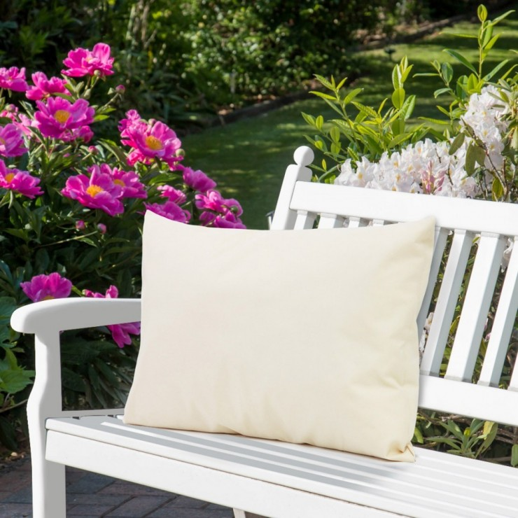 Waterproof garden cushion 50x70 cm cream