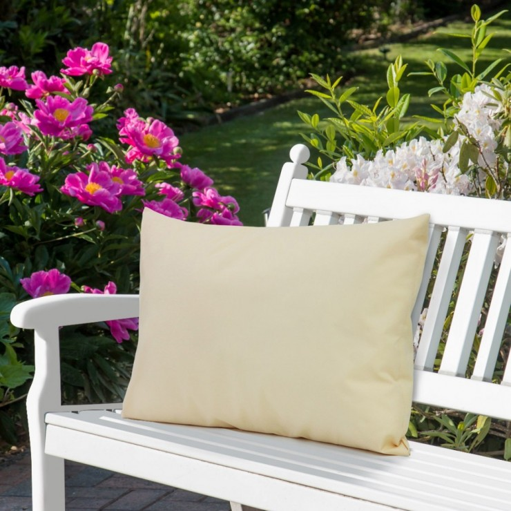 Waterproof garden cushion 50x70 cm beige