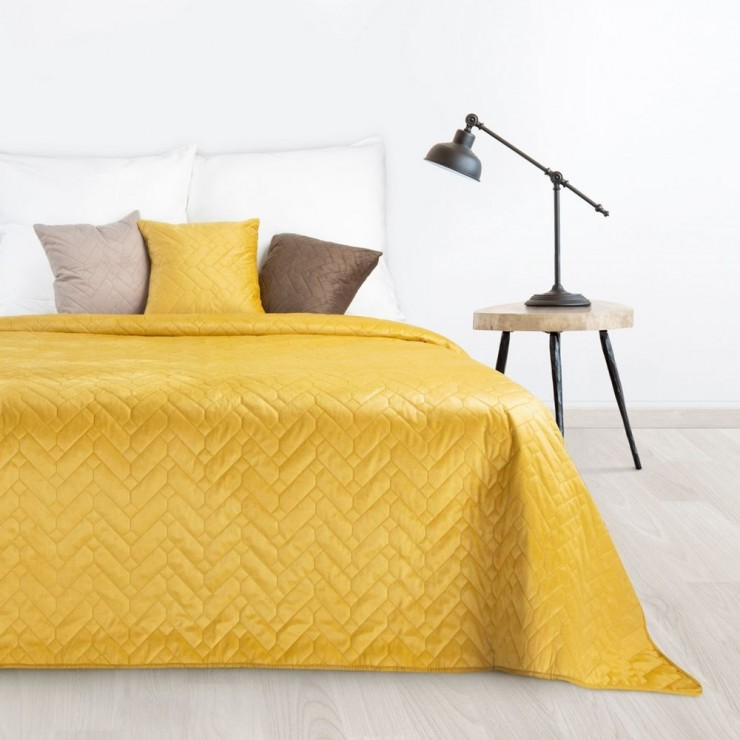 Sametový přehoz na postel Luiz okrový