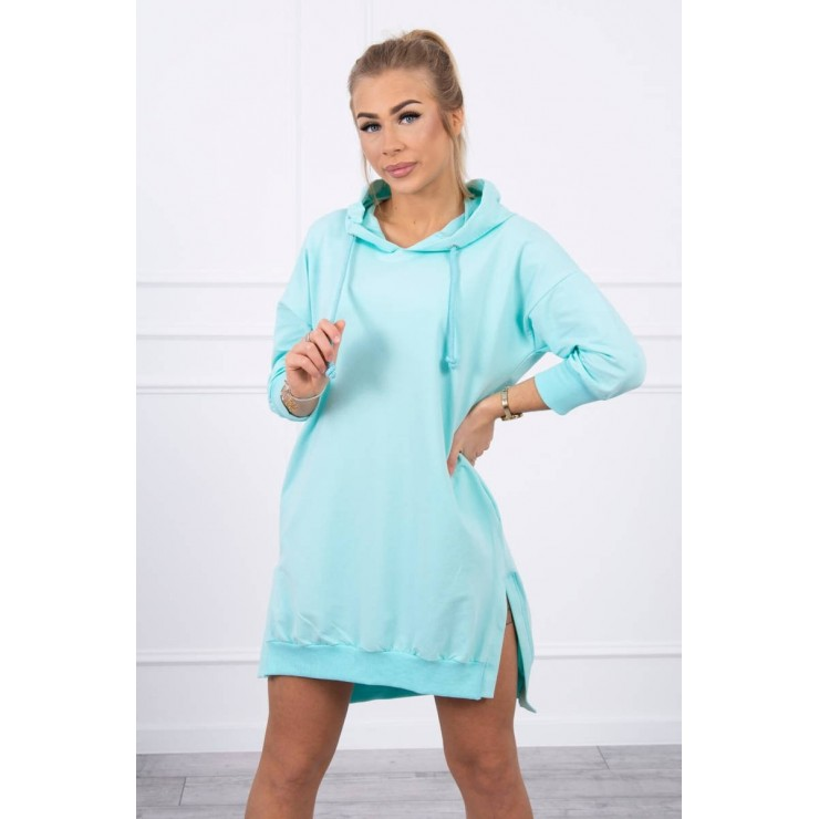 Dress with extended back and with e hood MI9078 mint