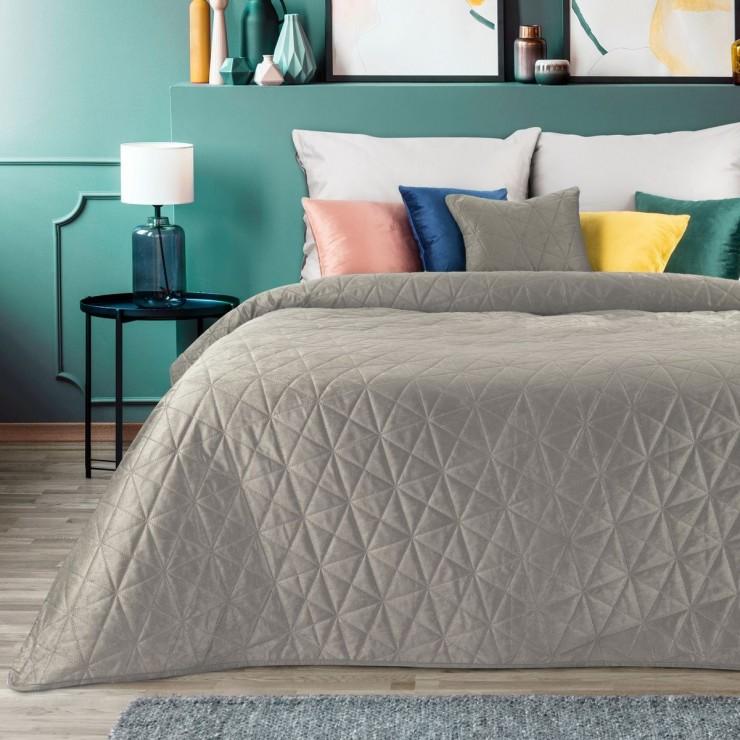 Sametový přehoz na postel Luiz3 béžový