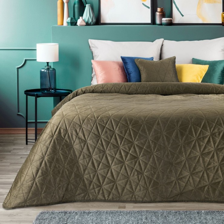 Zamatový prehoz na posteľ Luiz3 hnedý