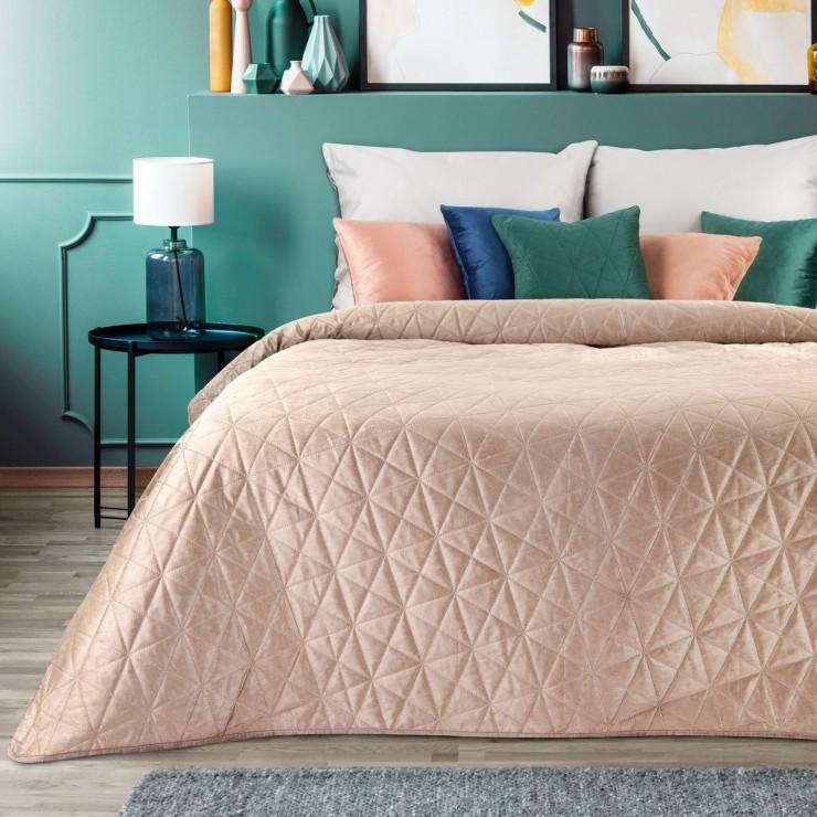 Zamatový prehoz na posteľ Luiz3 ružový
