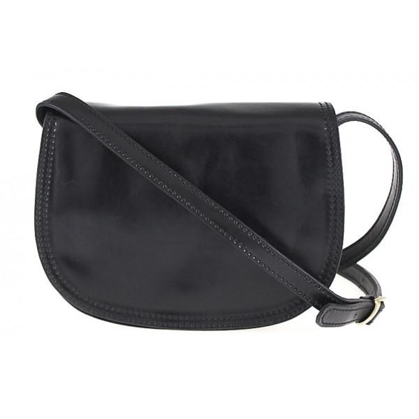 Kožená kabelka na rameno 675 čierna Čierna