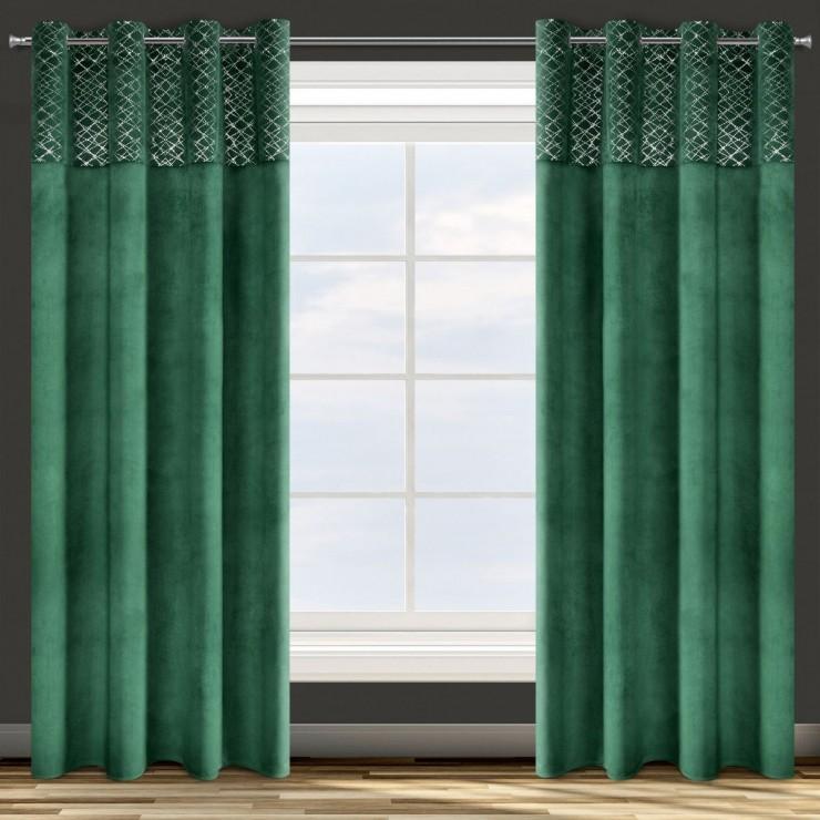 Velvet curtain on the rings green