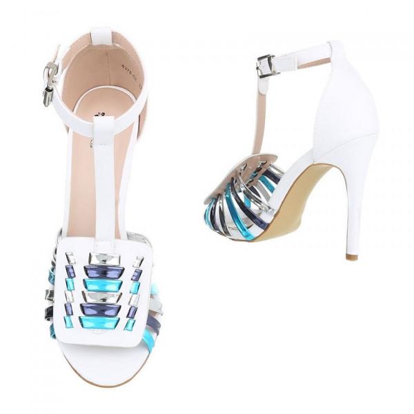 10d97f58ca67 Biele sandále 335  Biele sandále 335 ...