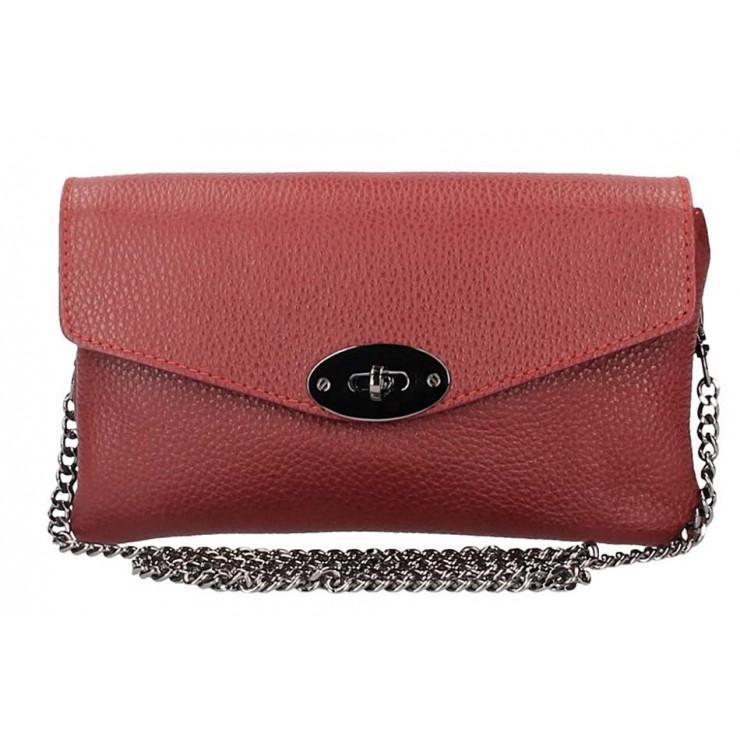 Tmavočervená kožená kabelka na rameno 515