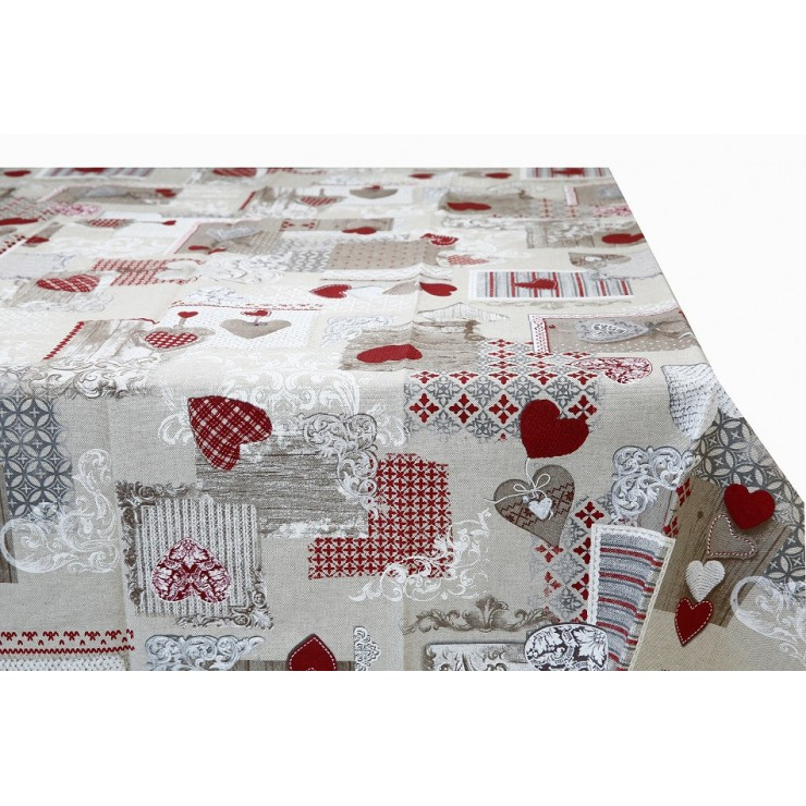 Tablecloth with red hearts Made in Italy