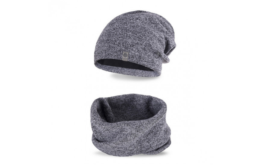 Men´s hats and scarves